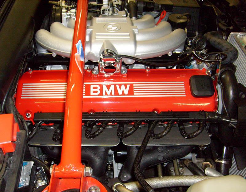 [Bild: 386_Motoreinbau-fertig_oben.jpg]